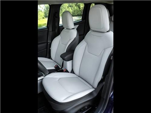 Предпросмотр jeep renegade 2019 передние кресла