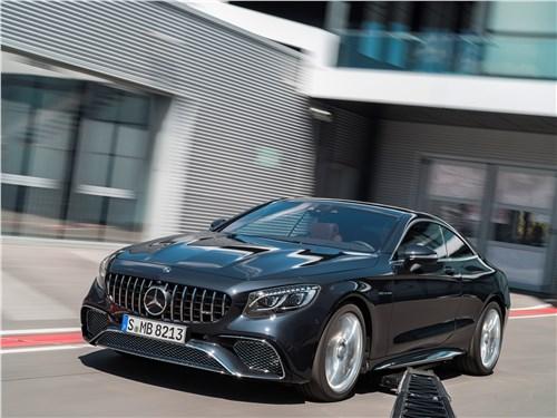 Mercedes S 560 Coupe 4matic 2018: вид спереди