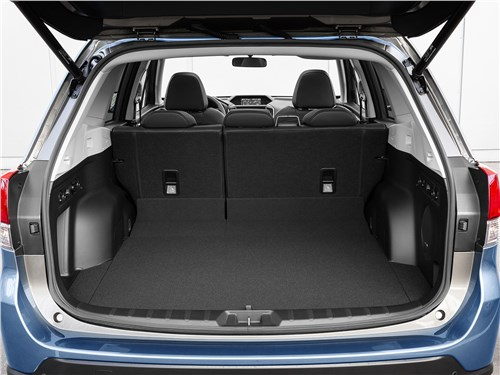 Subaru Forester 2019 багажное отделение