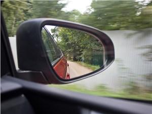 Toyota Auris 2013 боковое зеркало