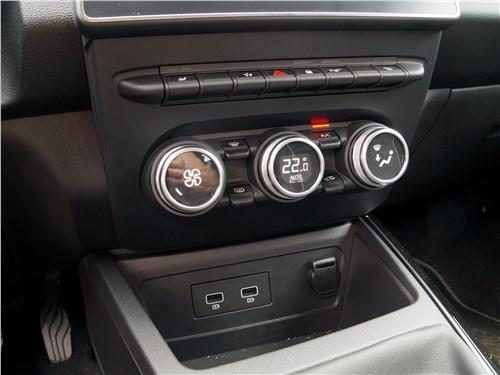 Renault Arkana 2020 управление климатом