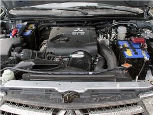 Предпросмотр mitsubishi pajero sport 2013 двигатель