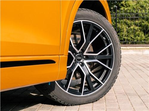 Audi Q8 2019 переднее колесо