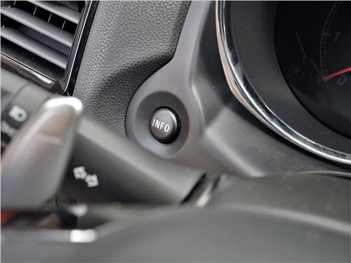 Предпросмотр mitsubishi asx 2020 кнопка управления бортовым компьютером