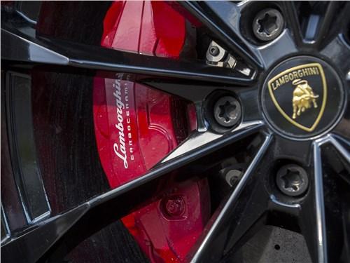 Lamborghini Urus 2019 колесо