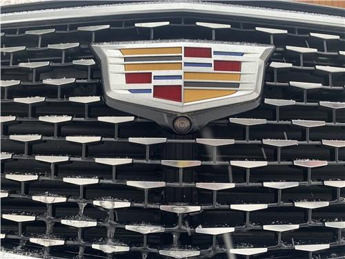 Cadillac XT6 (2020) логотип