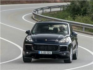 Porsche Cayenne S - porsche cayenne s 2014 крутые виражи