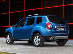 Renault Duster 2013 вид сзади