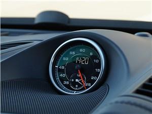 Часы с индикацией времени круга – часть фирменного опционального пакета Sport Chrono