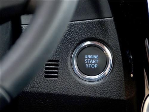 Предпросмотр toyota corolla 2017 кнопка пуска/остановки двигателя