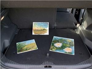 Citroen C3 Picasso 2013 багажное отделение