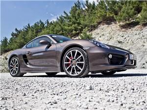 Porsche Cayman S 2013 вид спереди