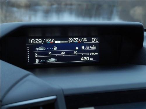 Subaru XV 2018 верхний дисплей