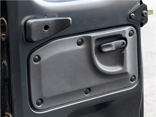 Renault Dokker 2018 задние двери