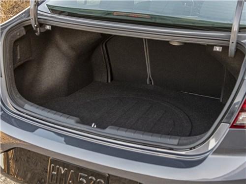 Предпросмотр hyundai elantra 2019 багажное отделение