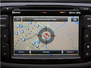 Предпросмотр kia cee'd 2012 хэтчбек экран мультимедиацентра в режиме навигации