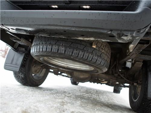 Volkswagen Amarok Dark Label 2019 запасное колесо