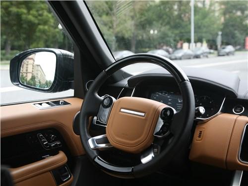 Land Rover Range Rover Autobiography 2018 руль
