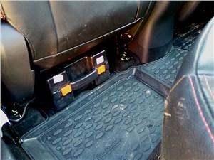 Changan CS35 2014 чемоданчик с походной газовой плиткой под креслом