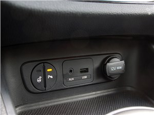 Kia Sportage 2014 передний парктроник