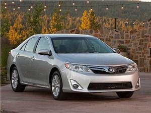 Сервисная кампания для автомобилей Toyota Camry в РФ уже началась