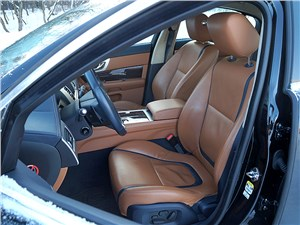Jaguar XF 2011 передние кресла