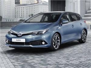 Toyota покажет в Женеве обновленный компакт Auris
