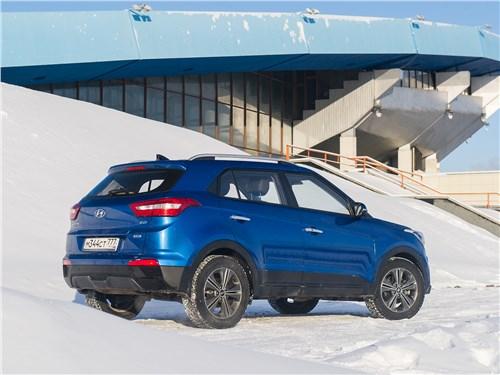 Hyundai Creta 2016 вид сзади