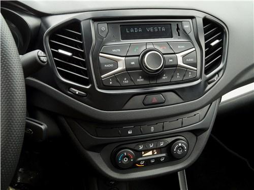 Lada Vesta 2015 центральная консоль