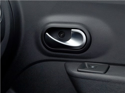 Renault Dokker 2018 дверь