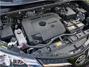 Toyota RAV4 2013 двигатель