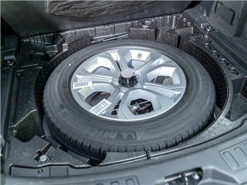 Land Rover Discovery Sport 2020 запасное колесо