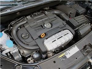Предпросмотр volkswagen touran 2011 двигатель
