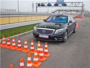 Предпросмотр mercedes-benz s-klasse 2013 вид спереди