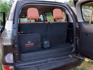 Предпросмотр lexus gx 460 2014 багажное отделение