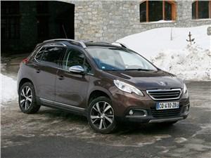 Peugeot 2008 - peugeot 2008 2014 сыр, лыжи и монблан