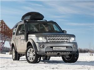 Land Rover Discovery 2015 вид спереди