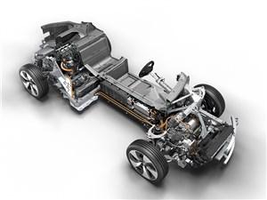 BMW привезет в Россию электрокар i4