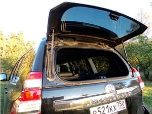 Toyota Land Cruiser Prado 2014 багажное отделение