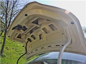 Chevrolet Cobalt 2013 крышка багажника
