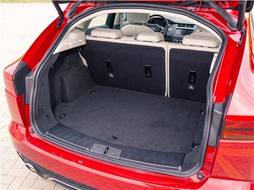 Jaguar E-PACE 2018 багажное отделение