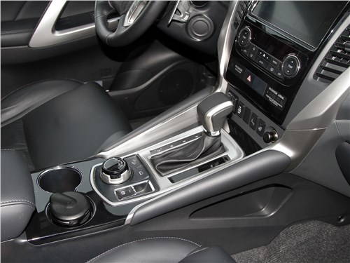Mitsubishi Pajero Sport 2020 АКПП