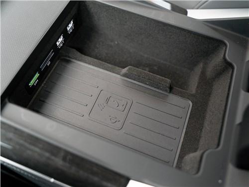 Audi Q7 (2020) ниша