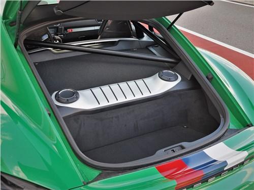 Porsche Cayman GT4 (2020) багажное отделение