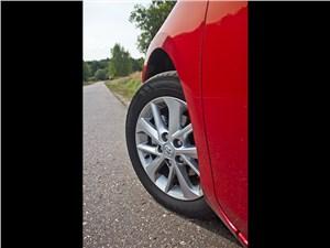 Toyota Auris 2013 колесо
