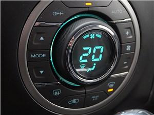 Chevrolet Trailblazer 2012 управление климатом