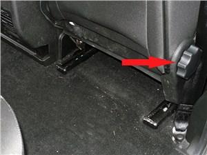 UAZ Patriot 2014 рукоятка регулировки спинки переднего сиденья