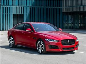 Jaguar XE - jaguar xe 2015 бросить вызов