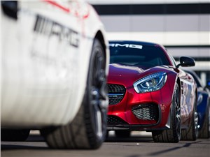Дресс-код Mercedes AMG