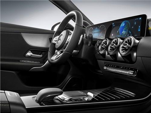 Mercedes-Benz рассекретил интерьер нового А-класса